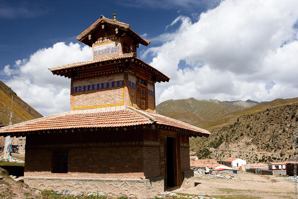 монастырь в Цинхае, tibetan monastery in Qinqhai