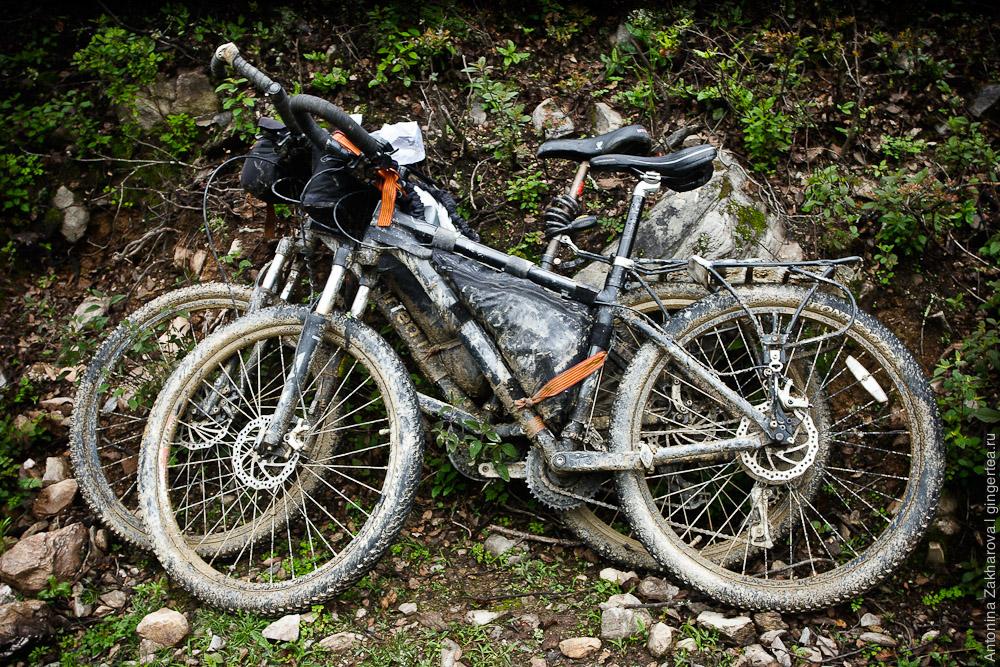 самодельный подрамный карман для велосипеда