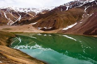 Лунное озеро Чандра Тал