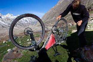 Как подготовиться к велопоходу в Гималаях и содержимое велорюкзака