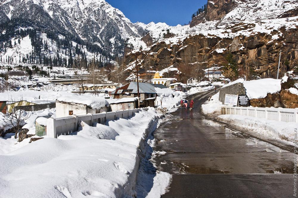 дорога на перевал Ротанг зимой