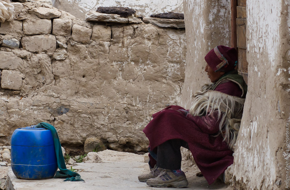 Тибетское старшее поколение в селе Сан, Занскар, Индия
