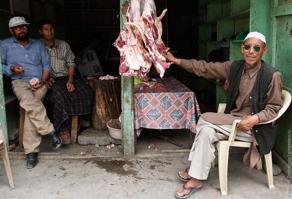 мясной магазин в мусульманском городе Каргил