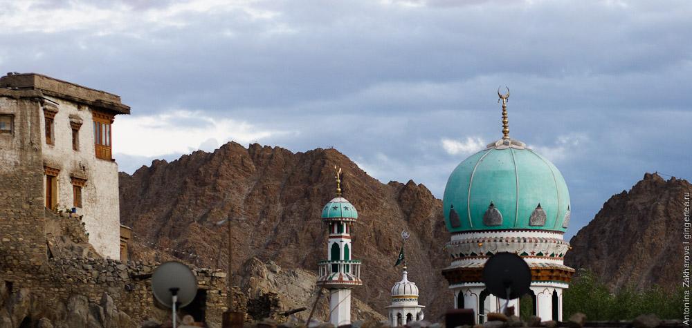суннитская мечеть в городе Лех