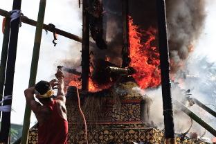 Балийская церемония кремации в Убуде