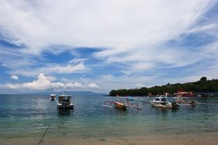 Пляжный отдых в Падангбае