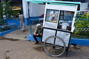 Первое впечатление о еде в Индонезии (на Суматре)