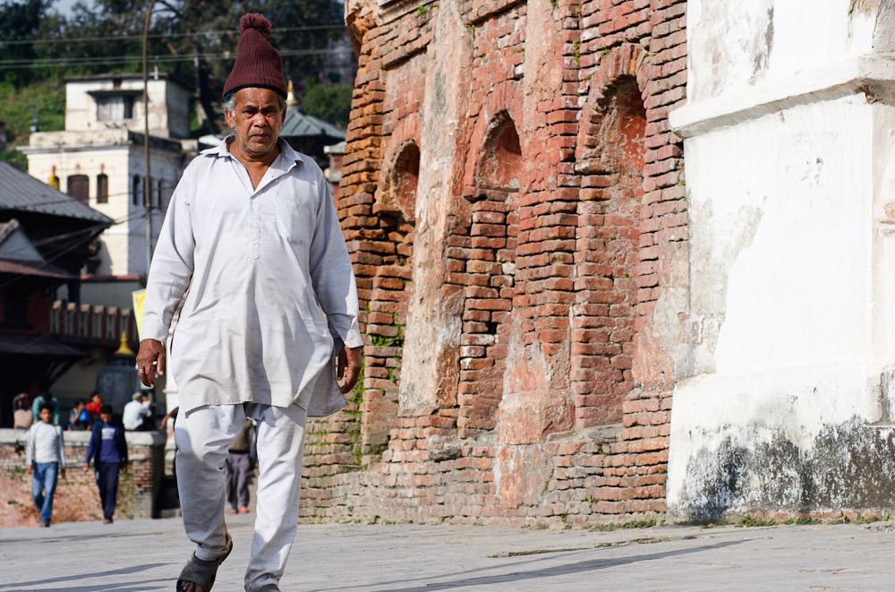 костюм курта и пайджама в Непале