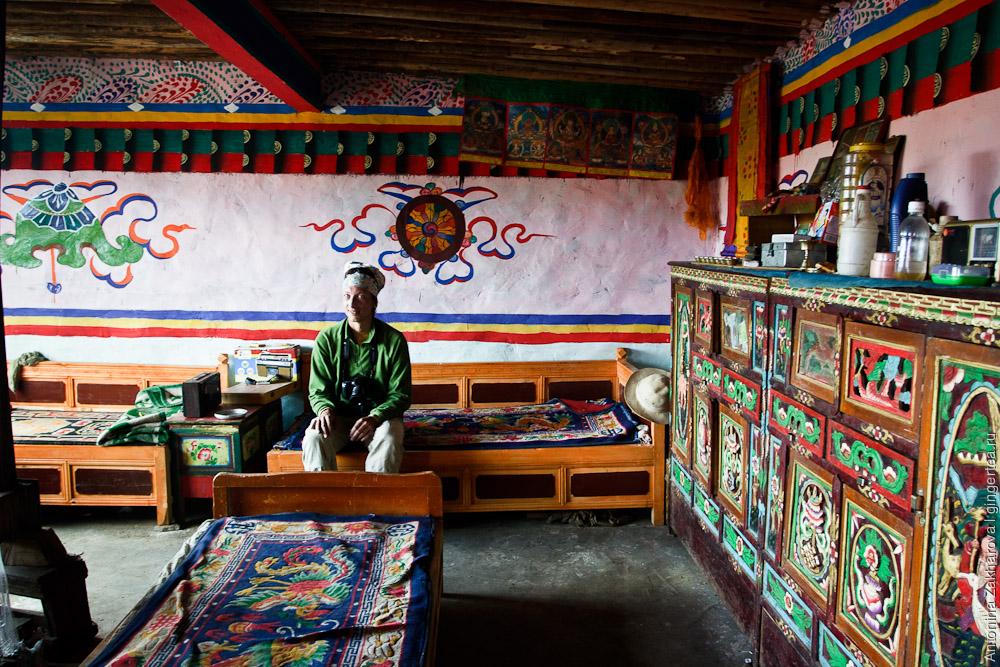 тибетские дома фото представляет собой конус