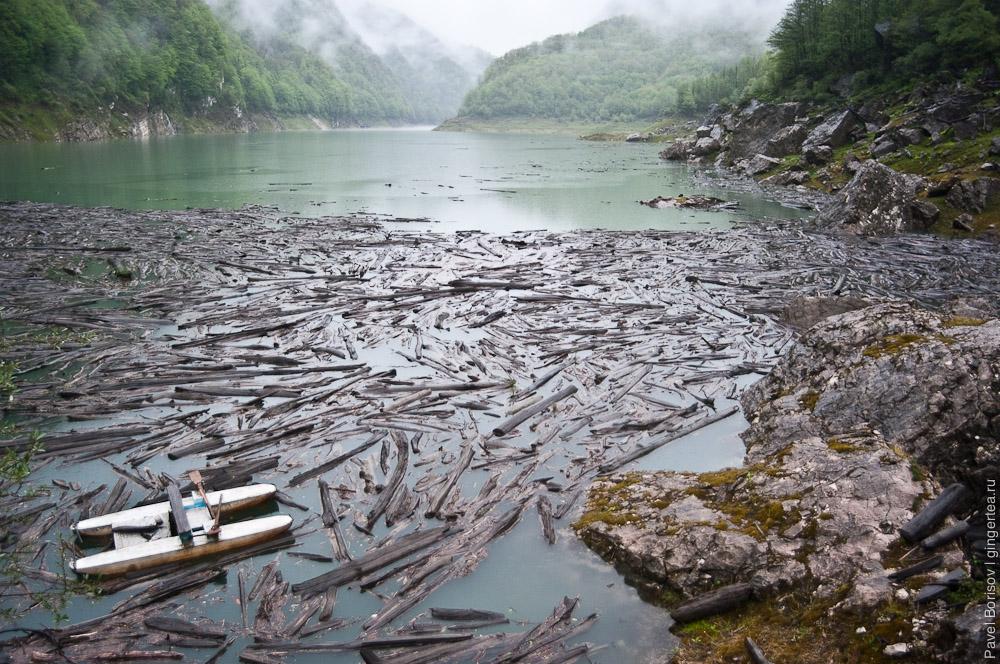 На велосипеде в Кодорское ущелье и к озеру Амткел