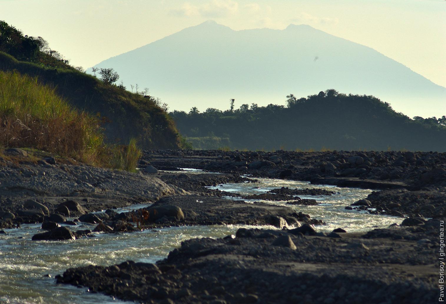 вулкан на Филиппинах, Philippines volcano