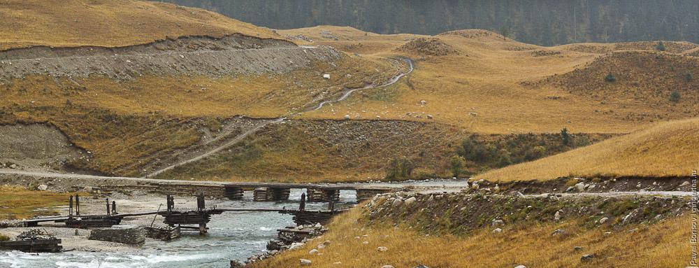 мост через реку Динцюй на ряжах (срубах, укрепленных камнем), Сычуань