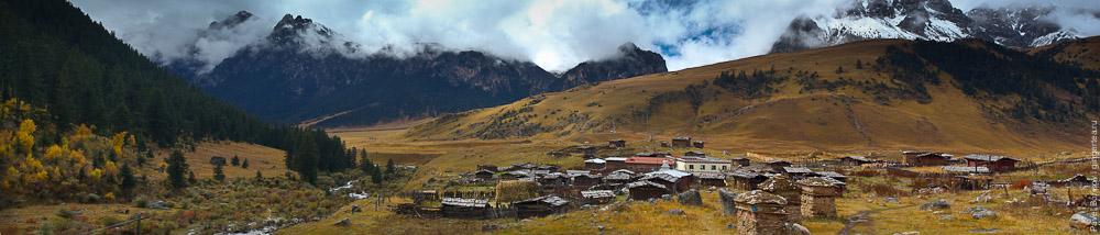 тибетская деревня, Сычуань
