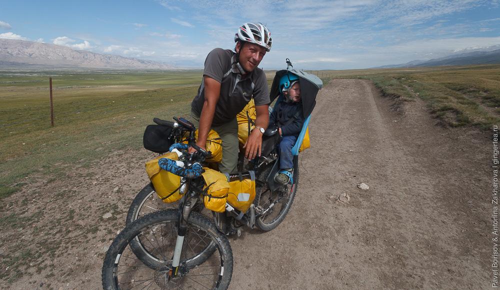 велосипедный поход с ребенком в Китайском Тянь-Шане