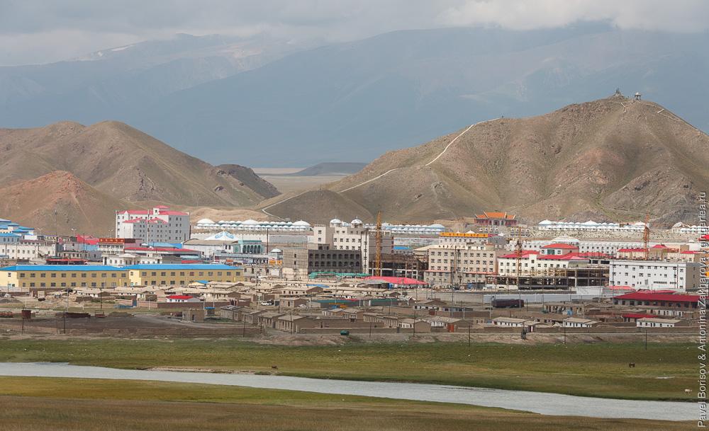 Баян-Булак, город в Китайском Тянь-Шане