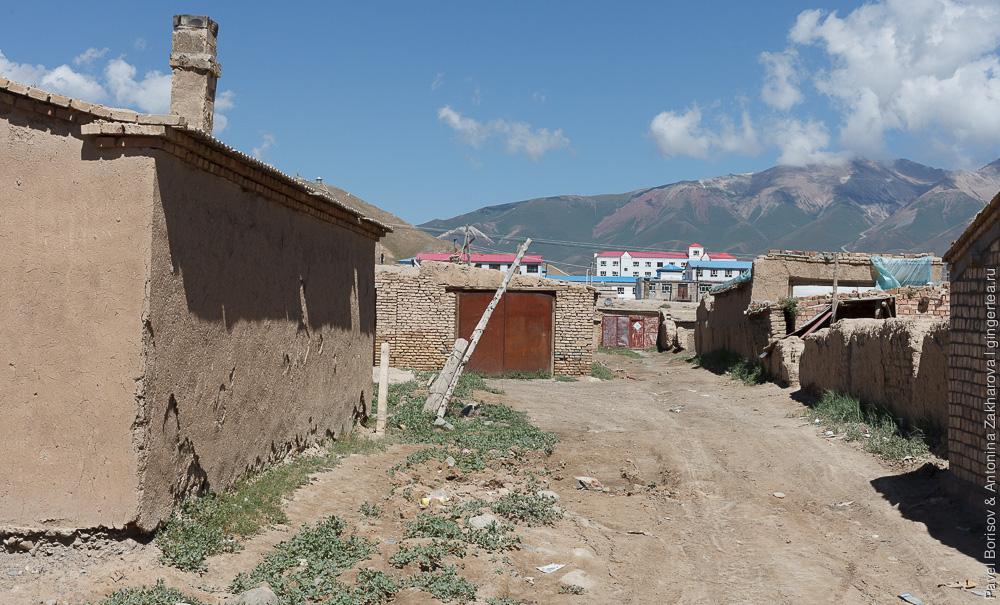 Баян-Булак, китайский Тянь-Шань