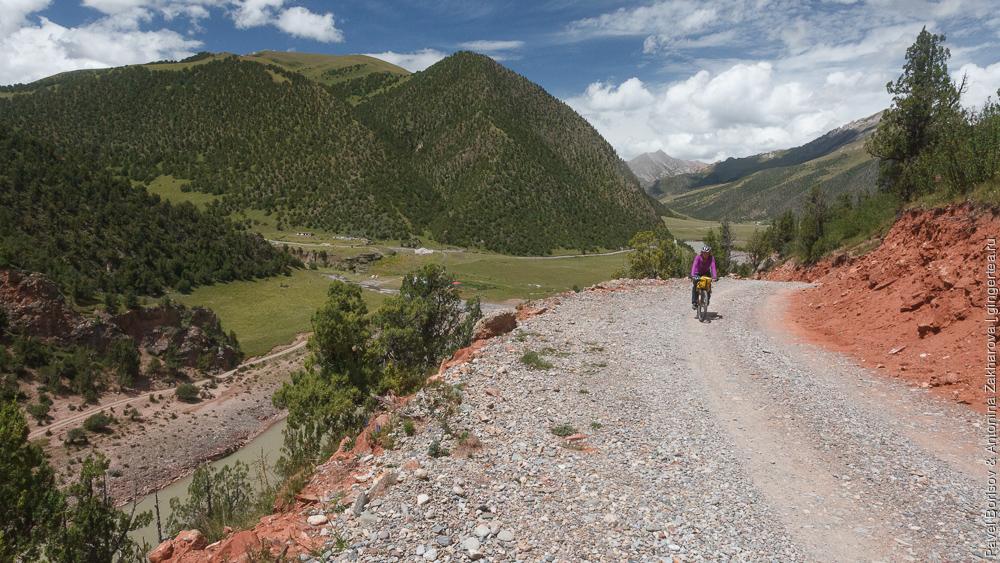 дорога над прижимом Меконга