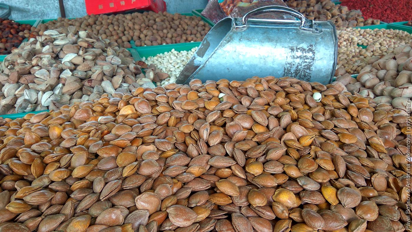 орехи в Уйгурии, Китай