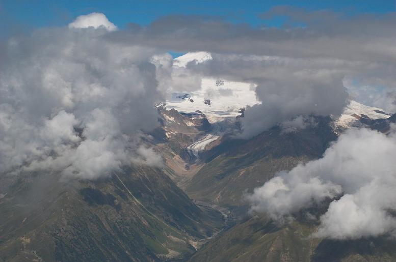 Кавказ. Вершина Андырчи