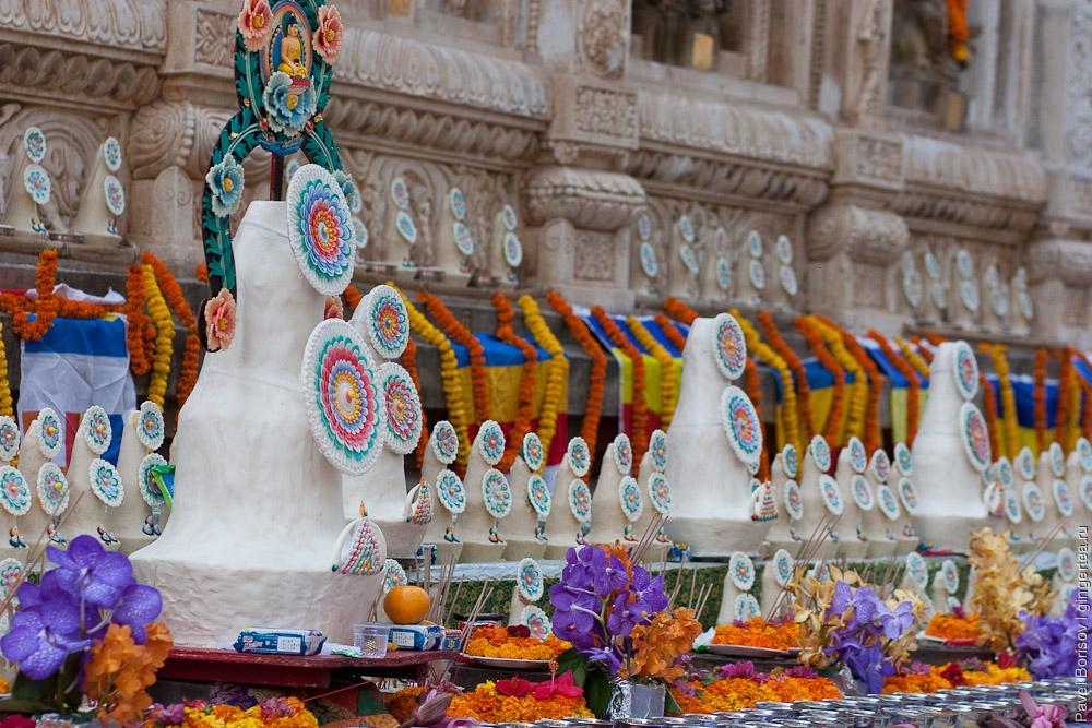 Масляные скульптуры. Фестиваль Монлам. Бодхгая. Индия