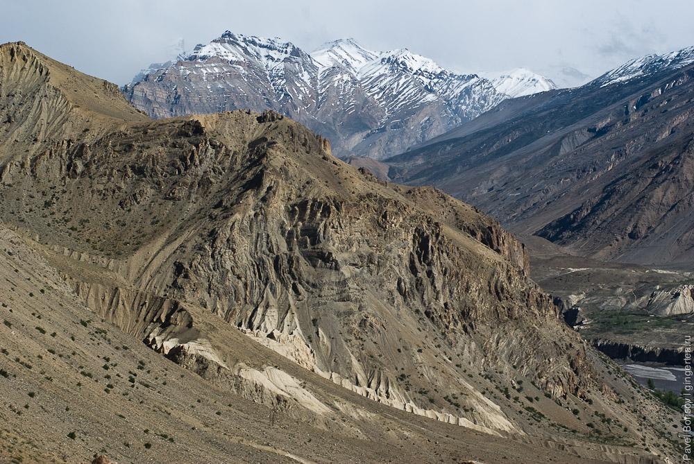 скалистые горы в долине Спити, rocks in Spiti valley