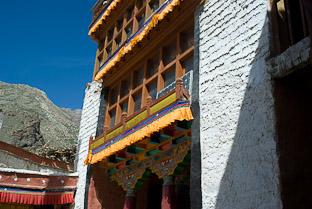 Буддийский монастырь Бардан-гомпа в Занскаре. Гималаи, Ладакх, Каракорум