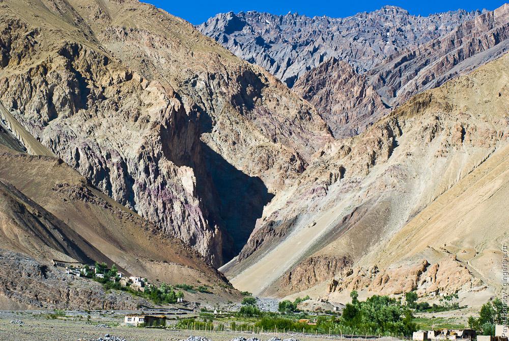 Боковое ущелье в деревне Зангла, Занскар