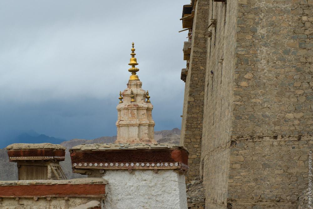 дворец в Лехе, бывшая резиденция царей Ладакха