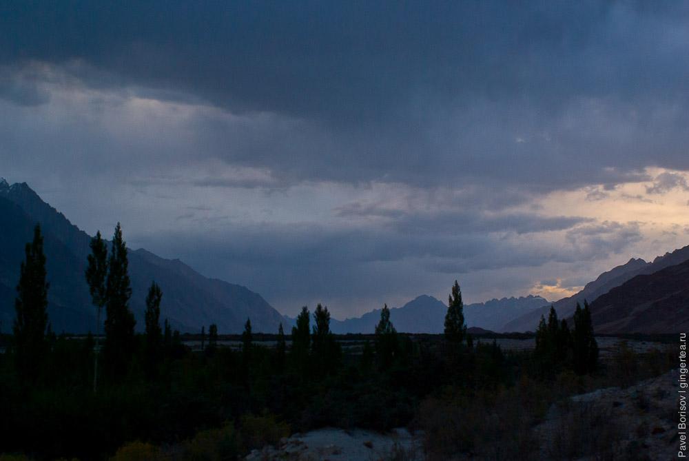 вечер в долине Нубра, Ладакх