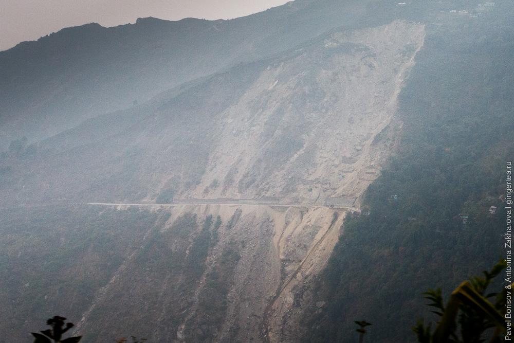 оползень 2012 года Дарджилингская Гималайская железная дорога