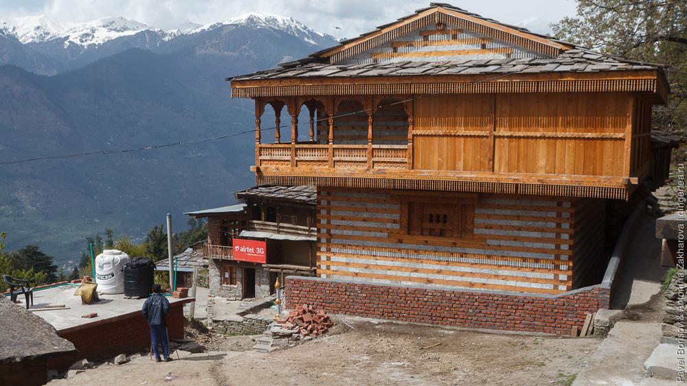 дом в деревне Чичоги в Индийских Гималаях