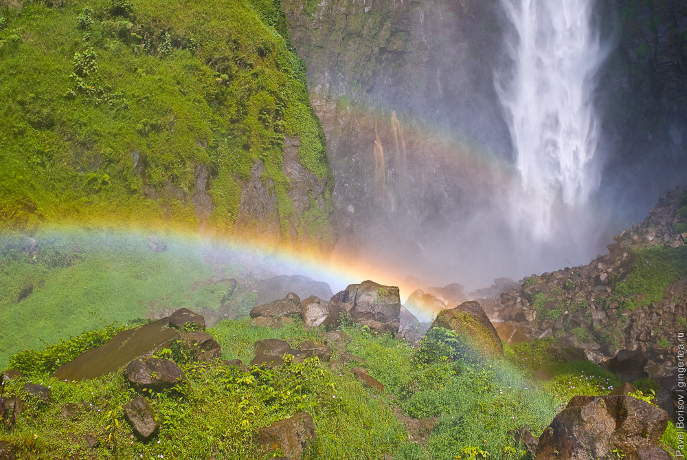 Водопад Сиписо-Писо. Озеро Тоба. Суматра. Индонезия