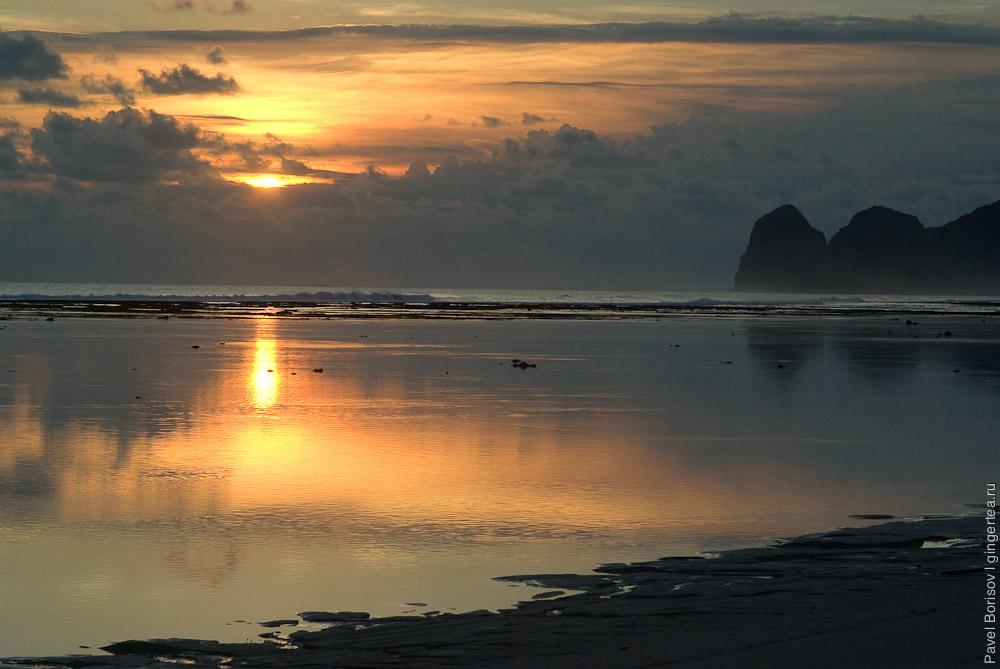 Идеальный пляж. Секонганг. Сумбава. Индонезия