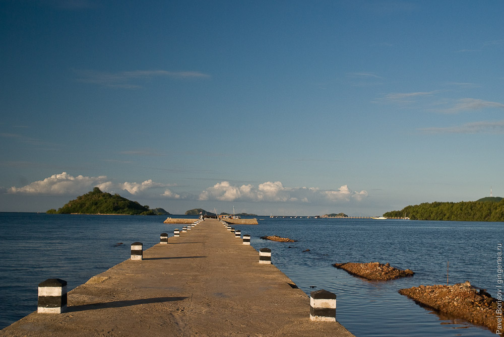 Дорога в море - пирс около Рео, a highway in the ocean - the pier near Reo