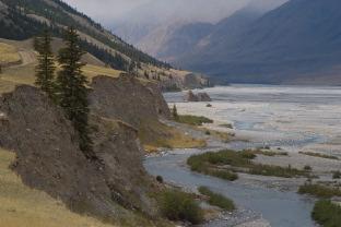 Пешком к Хан-Тенгри и пику Победы по леднику Иныльчек