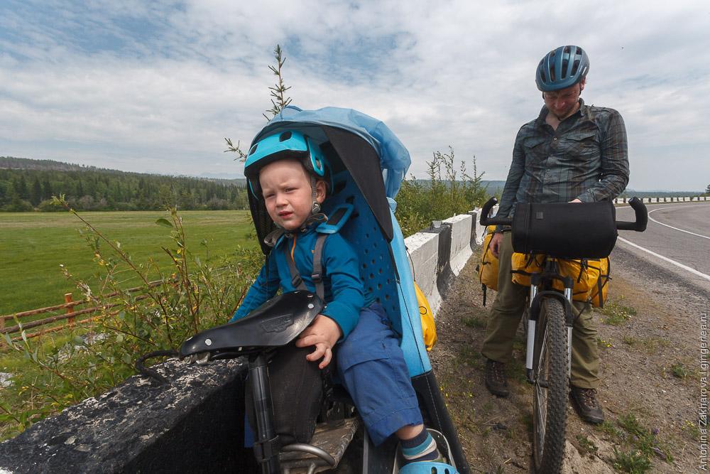 ребенок 2 года в велосипедном походе