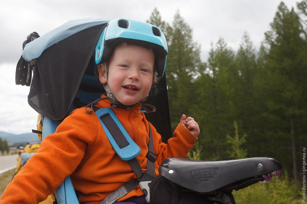 ребенок в велопоходе по России и Монголии