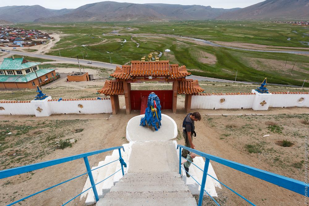 лестница в Улиастае, Монголия