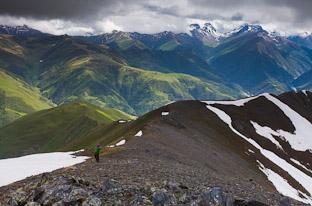 Можно подняться, но нельзя спуститься: горный поход по Северной Осетии